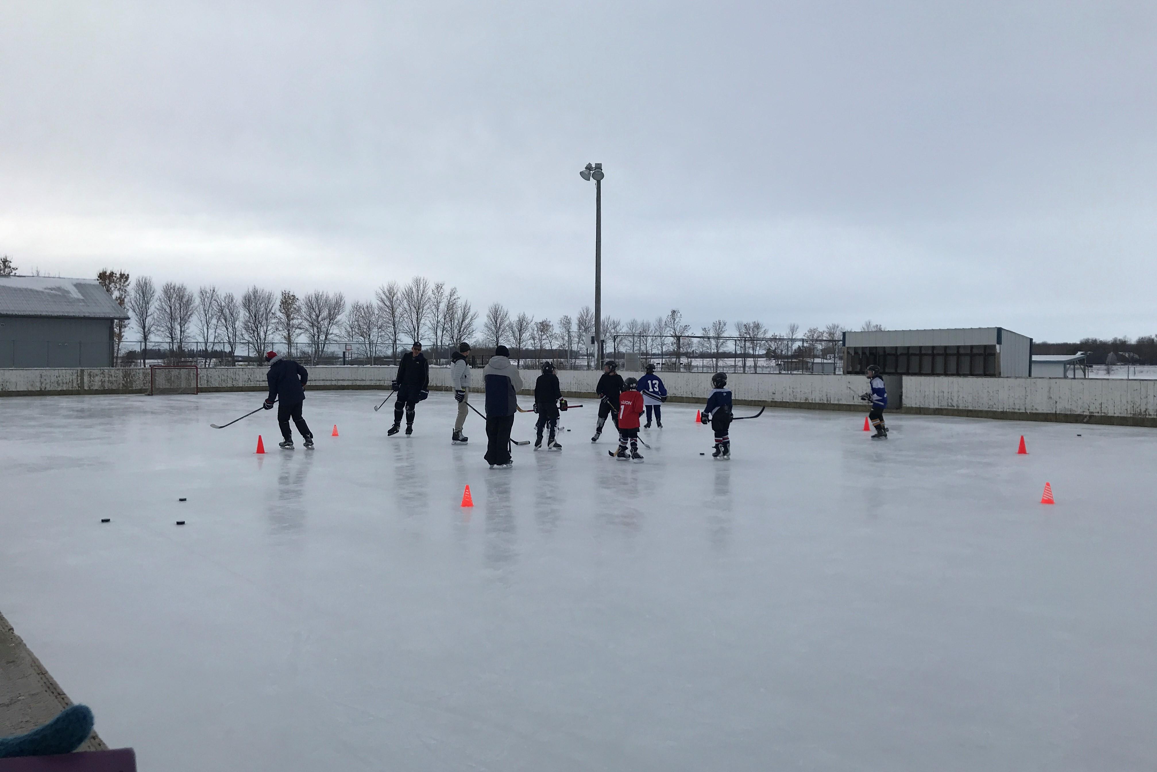 Blumenort Recreation - Outdoor Rink Open